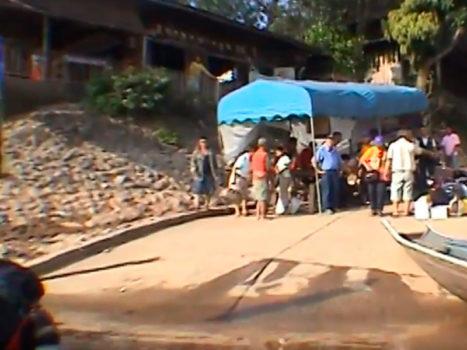 Video 3 - Cruzando la frontera Tailandia - Laos