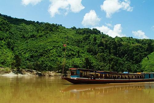 Barcaza en el río Mekong