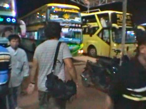 Video 36 - Estación de autobuses de Vientiane