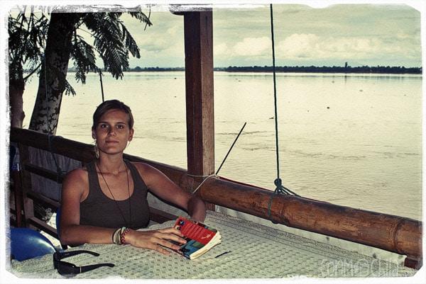 Restaurante al lado del Mekong