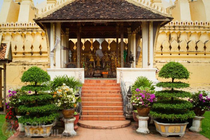 Salas de oración con sus escaleras