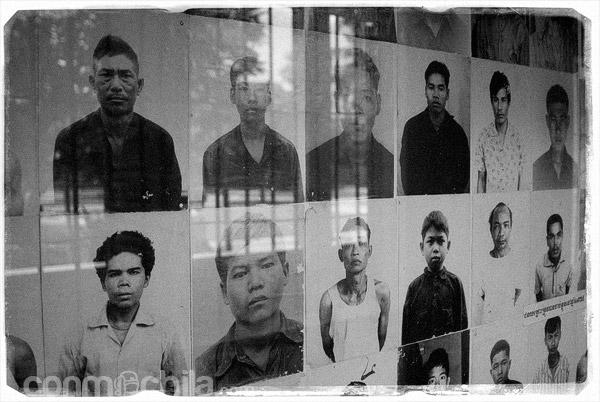 Retratos de gente torturada y asesinada