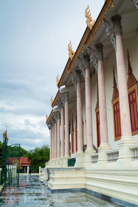 Columnas del Salón del trono
