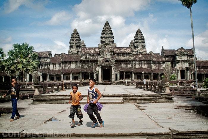 Entrada al templo de Angkor Wat