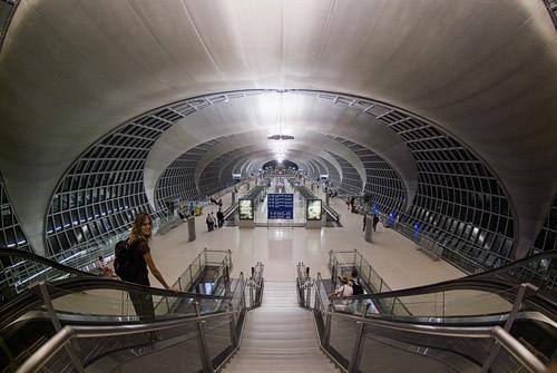 El siempre impresionante aeropuerto de Bangkok
