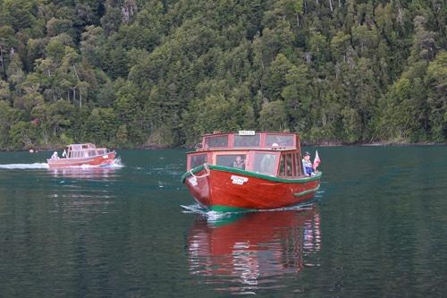 Paseitos en barca por el Lago de Todos los Santos