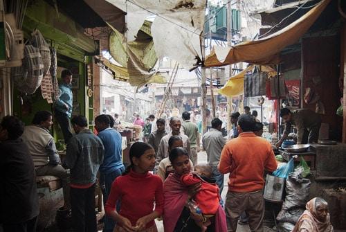 Perdidos entre las callejuelas de Varanasi