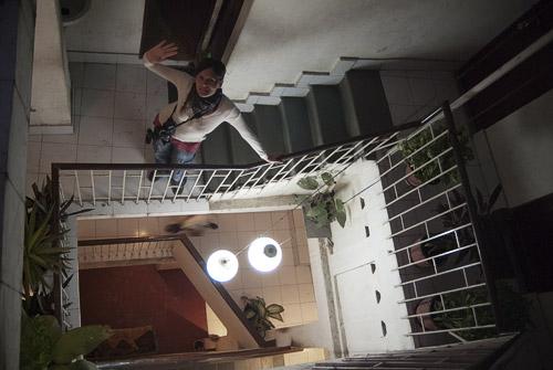 Carme en la escalera