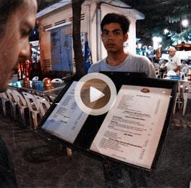 Paseo hasta restaurante callejero en Siem Reap