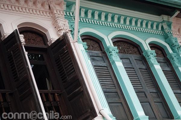 Detalle de las fachadas coloniales
