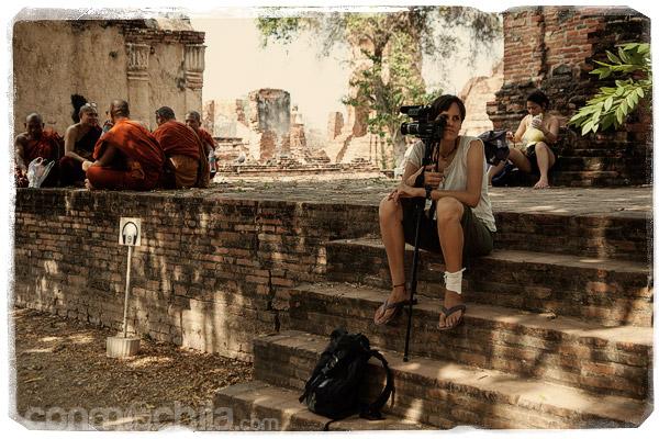 Descansando al lado de los monjes