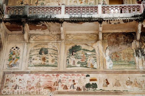 Las pinturas en uno de los templos