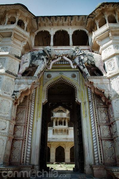 Entrada al palacio de Bundi