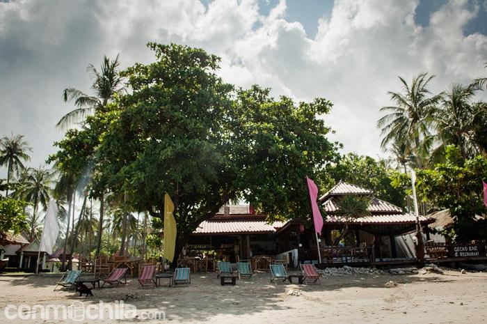 El restaurante desde la playa