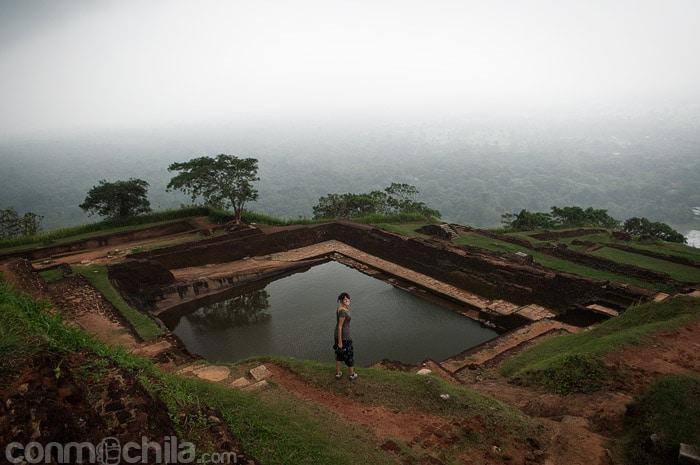 Uno de los estanques del antiguo palacio