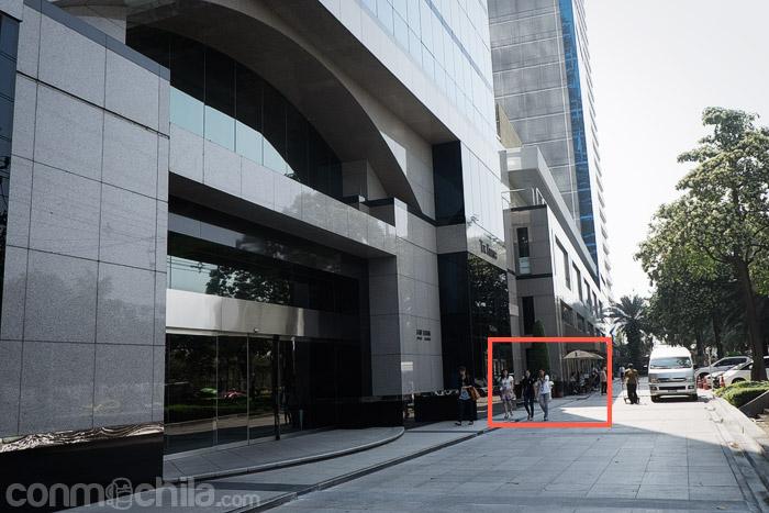 El edificio Rajada donde se encuentra la embajada