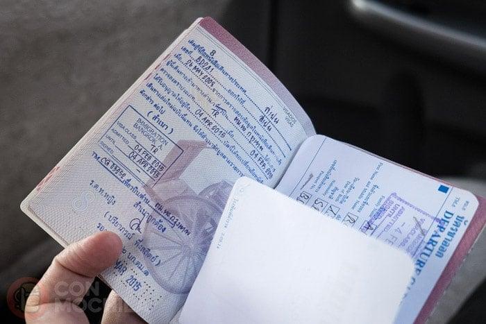 El sello de la oficina con el transfer. Renovar tu pasaporte si te quedas sin hojas