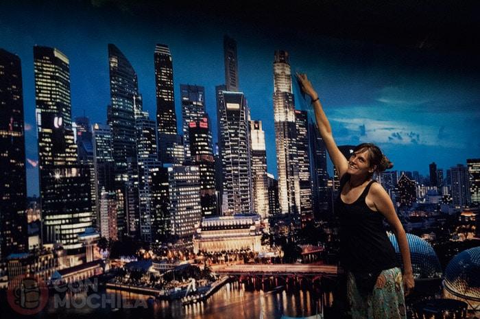 El skyline de Singapur de noche