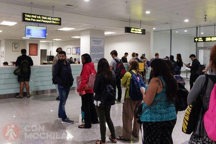 Cola para la gestión del visado de Vietnam con carta de invitación