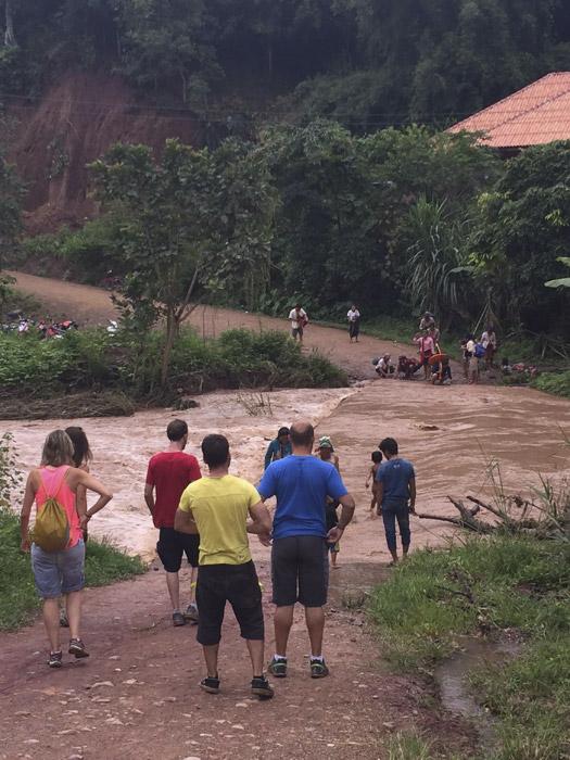 Itinerario de viaje a Tailandia y Laos: Momentos del viaje en los que tienes que decidir si seguir o dar la vuelta. Nosotras, seguimos!