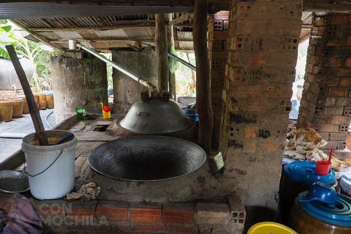 Alambiques para hacer licor de arroz