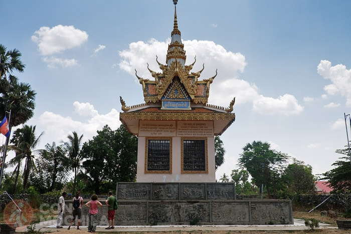 El monumento de Wat Samrong Knong