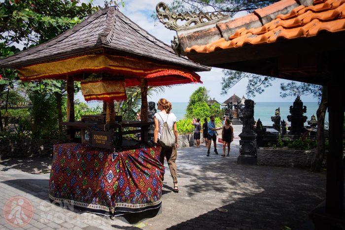 La zona del templo de Pura Batu Bolong