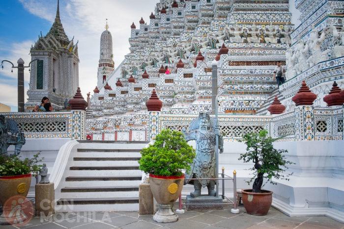 Segunda terraza del templo Wat Arun