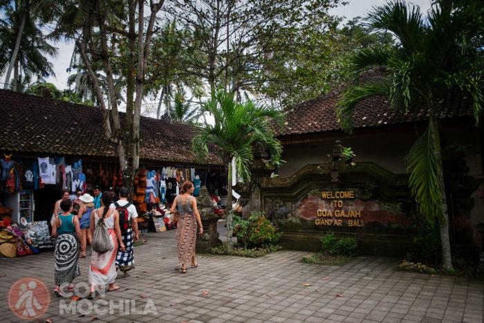 Bienvenido al templo Goa Gajah o Cueva del Elefanet