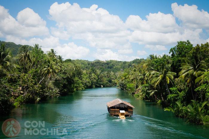 Increíble el río Loboc con sus barcas. A la próxima pillaremos uno
