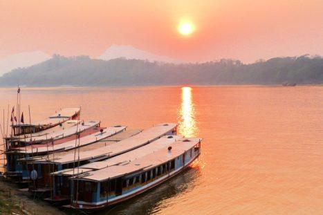 Atardecer río Mekong - Itinerario de viaje a Laos y Tailandia