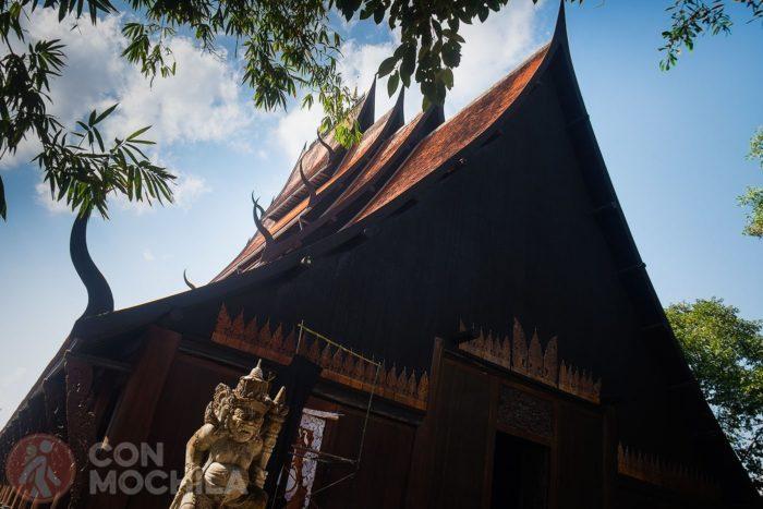 Una casa en forma de templo