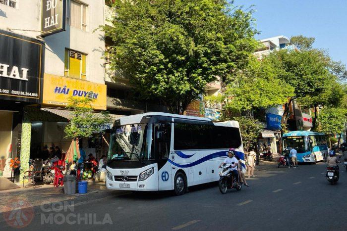 Autobuses a Cai Be