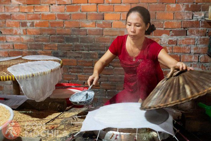 Haciendo papel de arroz