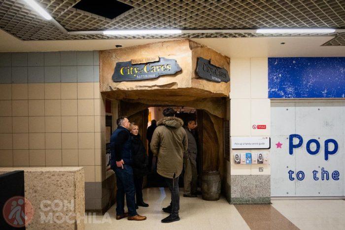 Entrada a la City of caves