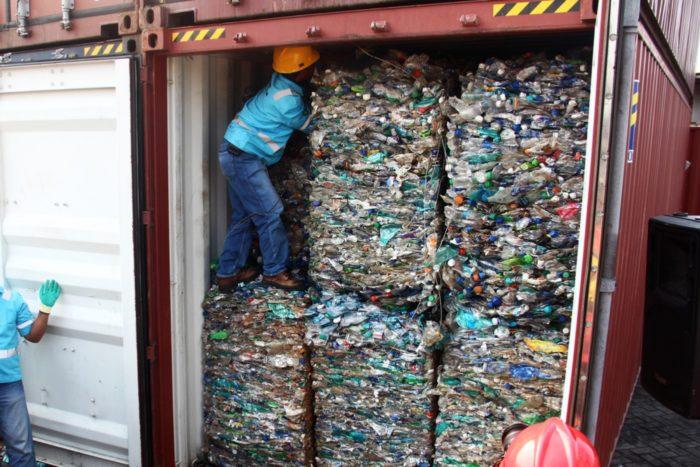 """""""Entre 1992 y 2018, China importó un 45% acumulativo de los residuos plásticos del mundo."""""""